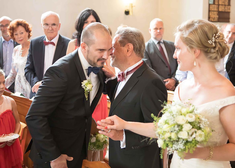 Brautpaar Standesamt Staufen Klostermuehle Freiburg Waldkirch Fotograf 13 Min