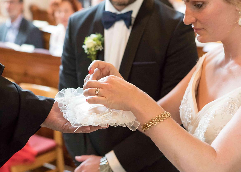 Brautpaar Standesamt Staufen Klostermuehle Freiburg Waldkirch Fotograf 18 Min