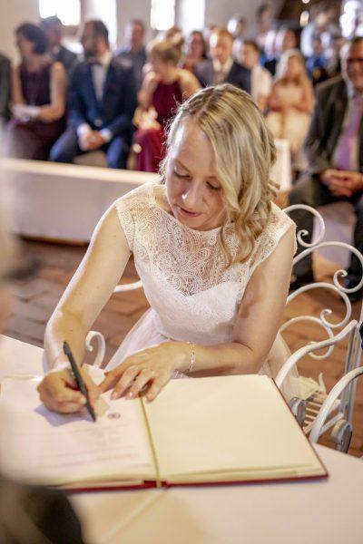 Lifestyle Photodesign Melanie Schmidt Hochzeitsfotografin Merdingen Kaiserstuhl Wedding Standesamt Trauung Heiraten Freiburg 230 Min